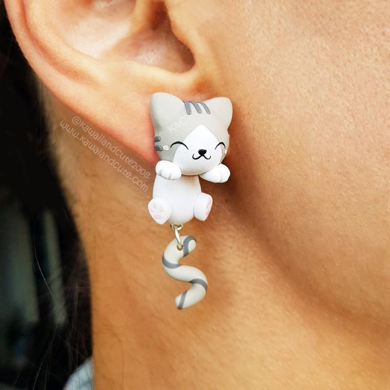 Gato Gris y Blanco