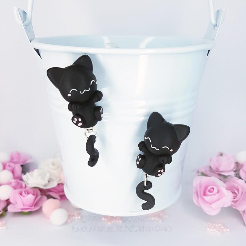 Gato Negro Cuelga Orejas