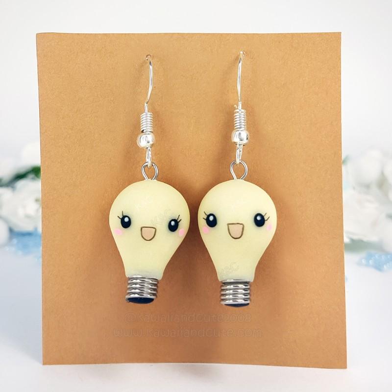 Kawaii Light Bulb